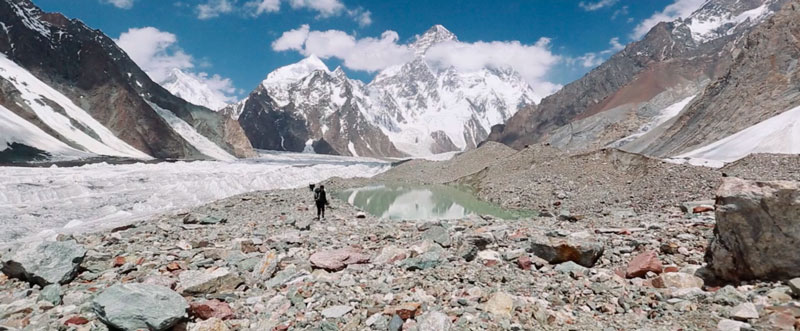 K2-and-the-invisible-footmen-2